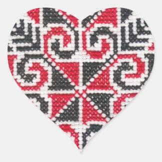 Ukrainische Stickerei Herz-Aufkleber
