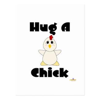 Umarmbare weiße Huhn-Umarmung ein Küken Postkarten