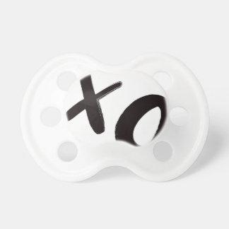 Umarmungs-und der Kuss-XO Baby-Schnuller Schnuller