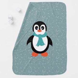 Umfassender Pinguin des Babys in der Aufregung Kinderwagendecke
