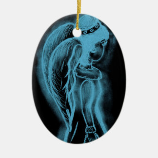 Umgekehrter seitlich Engel in Schwarzem und in Keramik Ornament