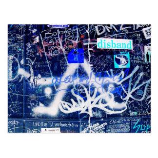 Umkleidekabine-Graffiti Postkarte