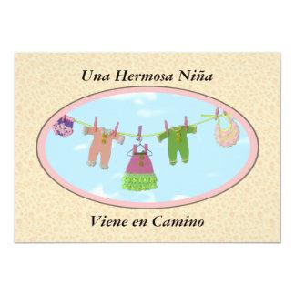 Una Hermosa niña Viene en Camino/Babyparty 12,7 X 17,8 Cm Einladungskarte