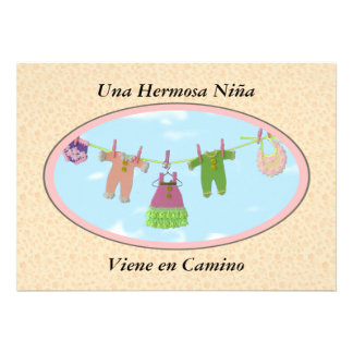 Una Hermosa niña Viene en Camino Babyparty Personalisierte Einladungskarte