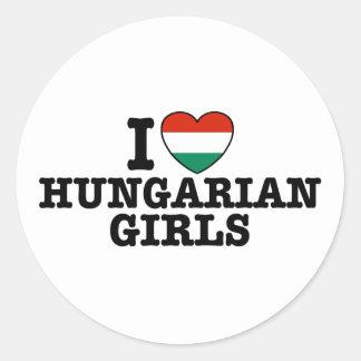 Ungarische Mädchen Runder Aufkleber