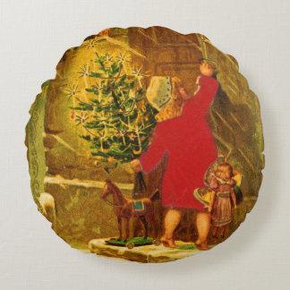 Ungarisches Weihnachten ab 1896 Rundes Kissen