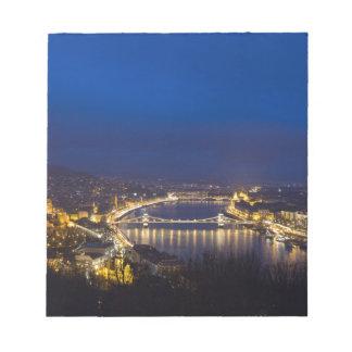Ungarn Budapest am Nachtpanorama Notizblock
