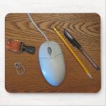 Unordentliche Schreibtisch-Mausunterlage (Holz) Mousepad