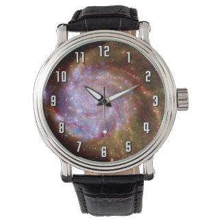 Unordentlichere 101 gewundene Galaxie - Hubble Armbanduhr