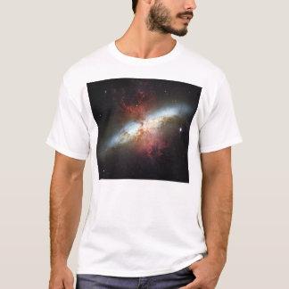 Unordentlichere 82 NGC 3034 Zigarren-Galaxie M82 T-Shirt