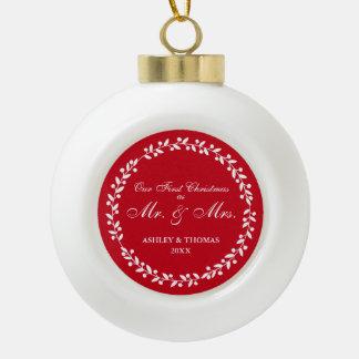 Unser erstes Weihnachten als Herr und Frau Red Keramik Kugel-Ornament