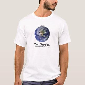 Unsere Erde unser Garten mit die NASA-Foto T-Shirt