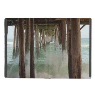 Unter dem Pier durch Shirley Taylor iPad Mini Schutzhüllen