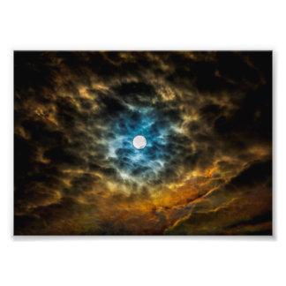 Unter den Wolken… Fotodruck