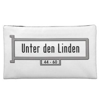 Unter Höhle Linden, Berlin-Straßenschild