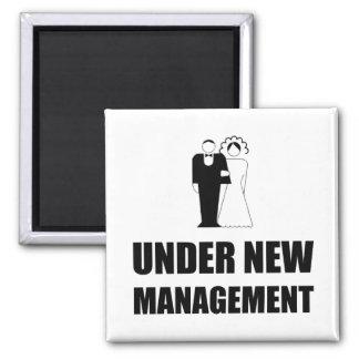 Unter neuer Management-Hochzeit Quadratischer Magnet