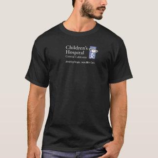 Unternehmenslogo - lila auf dunklem Shirt