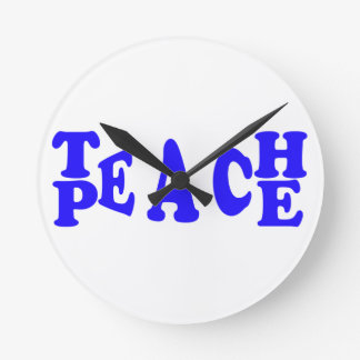 Unterrichten Sie Frieden in der blauen Runde Wanduhr