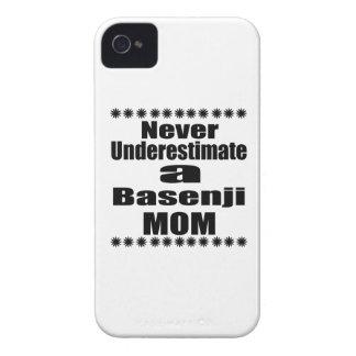 Unterschätzen Sie nie Basenji Mamma iPhone 4 Etuis