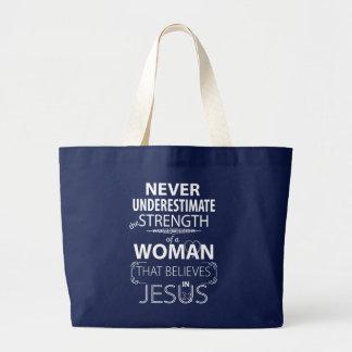 Unterschätzen Sie nie Stärken-Frauen glaubt Jesus Jumbo Stoffbeutel