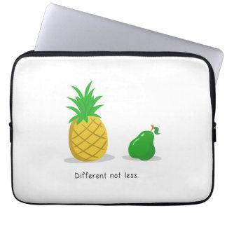 """Unterschiedlich nicht kleiner - 13"""" Laptop-Hülse Laptop Sleeve"""