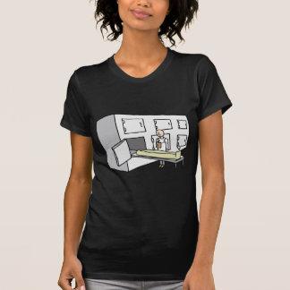 Untersuchungsrichter-Leichenschauhaus-Raum T-Shirt