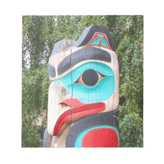 Ureinwohner-Totempfahl, Anchorage, Alaska 2 Notizblock