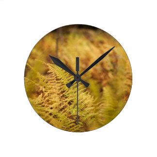 Ursprüngliche Wald-inspirierte Uhr