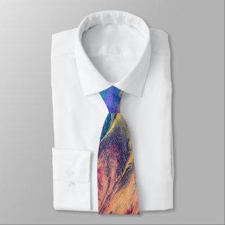 Ursprünglicher abstrakter Regenbogen-bunte Krawatte