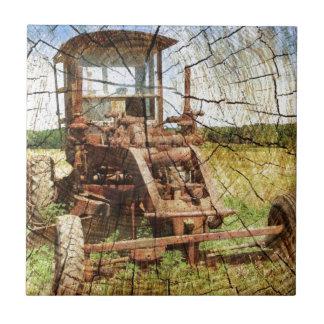 Ursprünglicher hölzerner Korn-Land-Bautraktor Keramikfliese