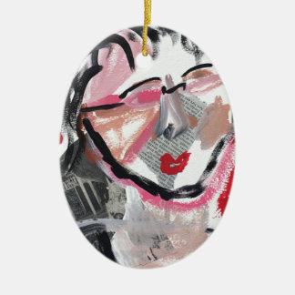 Ursprüngliches Kunstentwurfsgesicht auf Rot Ovales Keramik Ornament