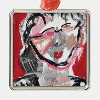 Ursprüngliches Kunstentwurfsgesicht auf Rot Silbernes Ornament