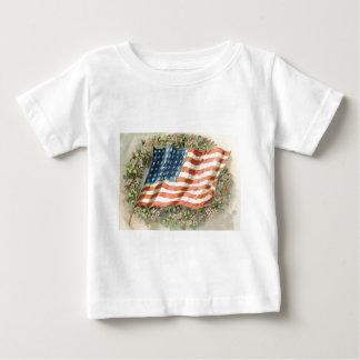 US-Flaggewreath-Blumen-Erinnerungstag Baby T-shirt