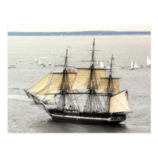 US-Schiff Konstitution an einer Parade des Segels Postkarte