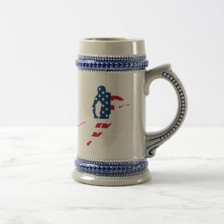 USA-Flagge Ski fahrenden Amerikaners Amerikas Bierglas