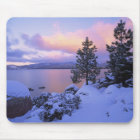 USA, Kalifornien. Ein Wintertag bei Lake Tahoe. Mousepad