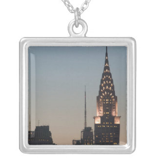 USA, New York, New York City, Manhattan: 3 Versilberte Kette