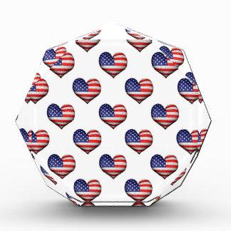 USA-Schmutz-Herz-geformtes Flaggen-Muster Acryl Auszeichnung