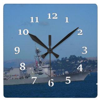USS Spruance Quadratische Wanduhr