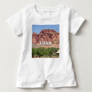 Utah: Fruita, Hauptstadts-Riff-Nationalpark, USA Baby Strampler