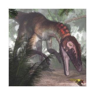 Utahraptor Dinosaurier, der einen Gecko jagt Leinwanddruck
