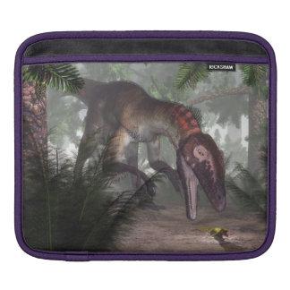 Utahraptor Dinosaurier, der einen Gecko jagt Sleeve Für iPads
