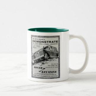 Vagabund-Trapezfehleranzeigen-Kaffee-Tasse Zweifarbige Tasse