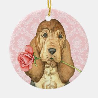 Valentine-Rosen-Bluthund Rundes Keramik Ornament