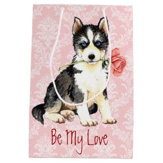 Valentine-Rosen-Schlittenhund Mittlere Geschenktüte
