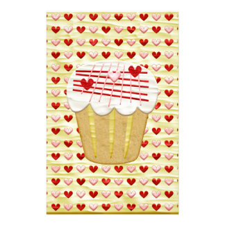 Valentinsgruß-kleiner Kuchen mit Herz-Kerzen, Rot, Briefpapier
