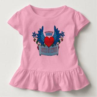 Valentinsgrußherz mit Flügeln auf Kleinkind T-shirt
