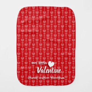 Valentinstag-Babyburp-Stoff-rote u. rosa Herzen Baby Spucktuch