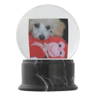 Valentinstag-Pudel-Hund Schneekugel