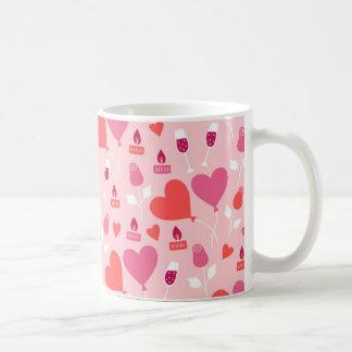 Valentinstag-rosarotes Herz steigt Muster im Kaffeetasse